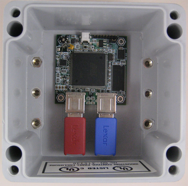 GadgetPC board with 2 flash drives inside enclosure